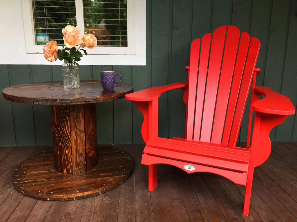 Cable spool patio table and chair