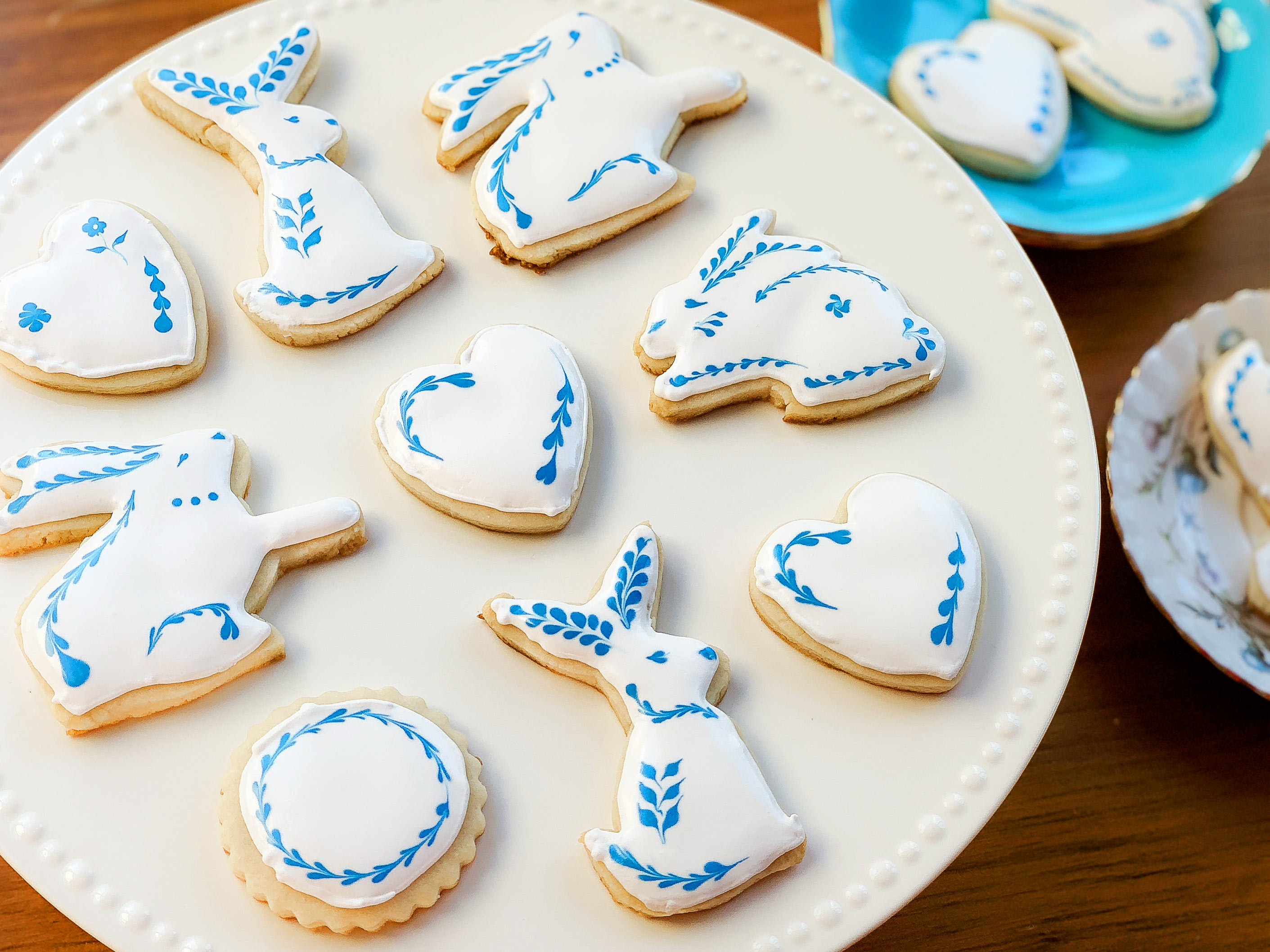 plate of decorated bunny sugar cookies
