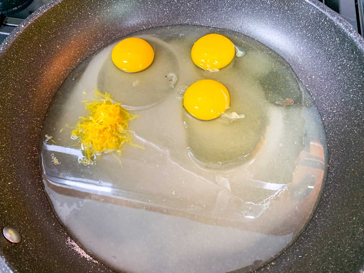 eggs, sugar, lemon juice and zest in a frying pan
