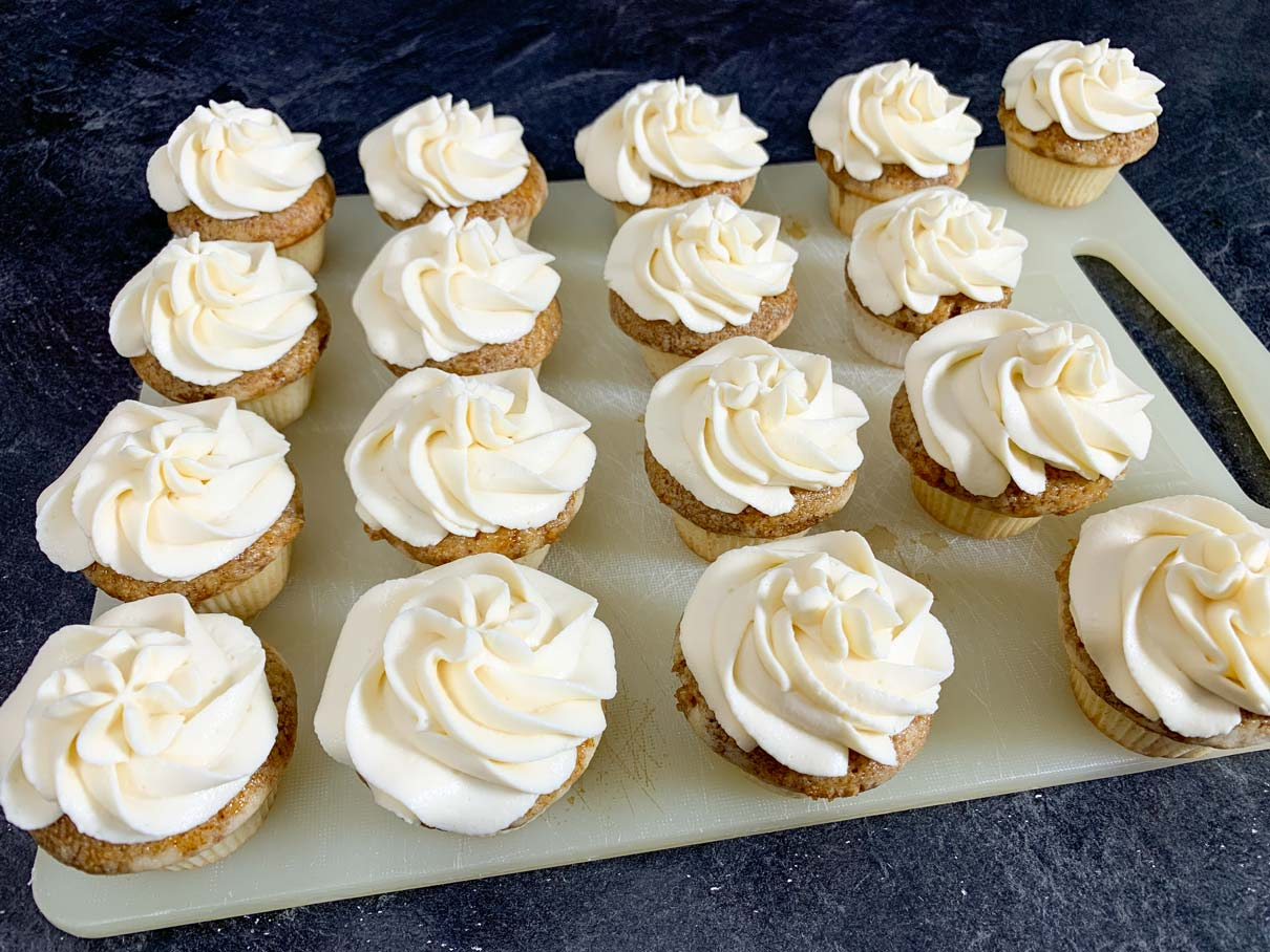 Cupcakes with mascarpone frosting piped on top